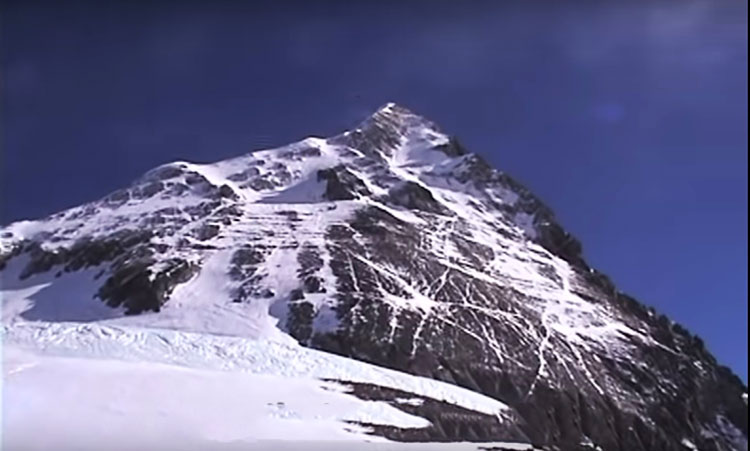 Everest Rainbow valley
